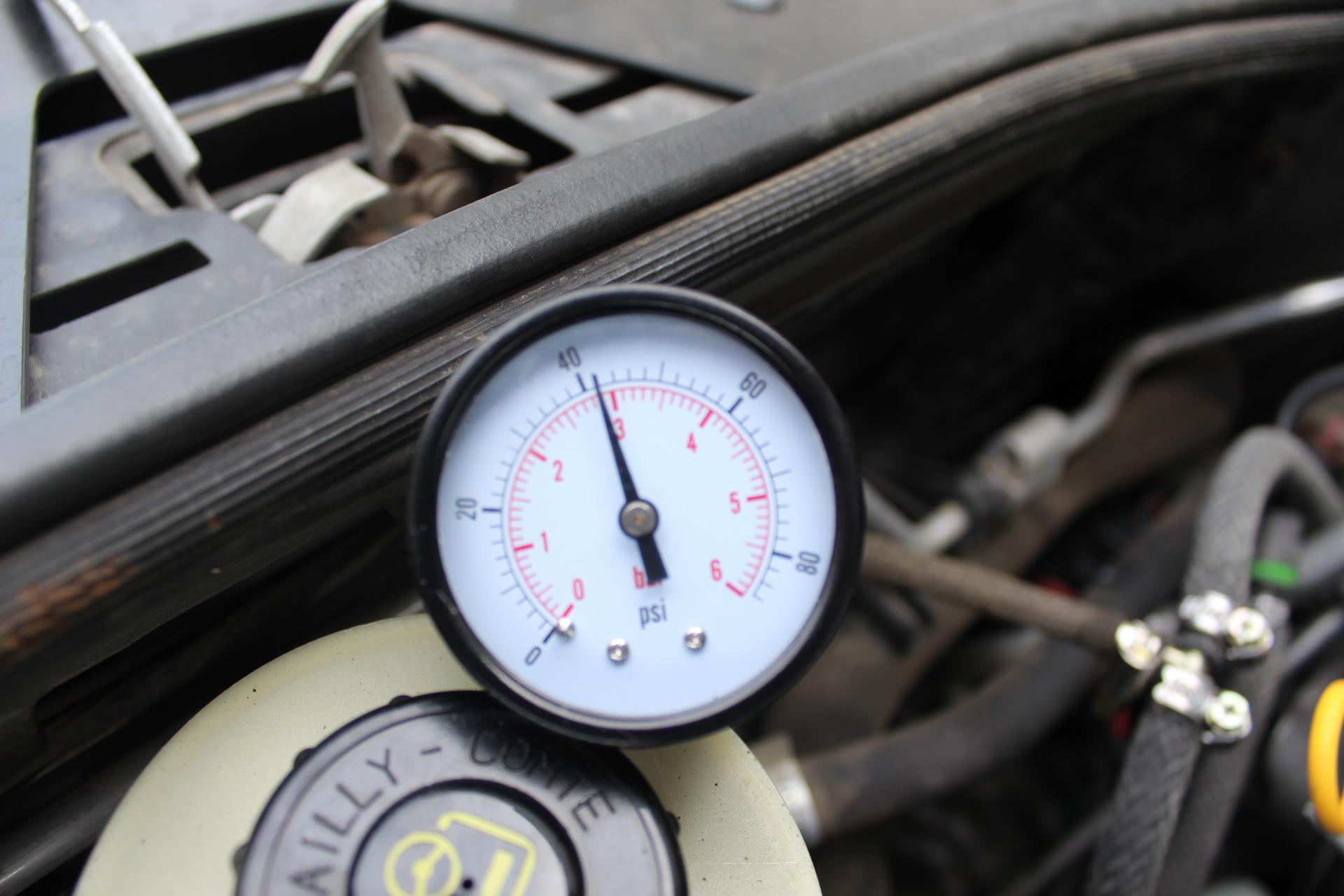 Измерить давление топлива своими рук